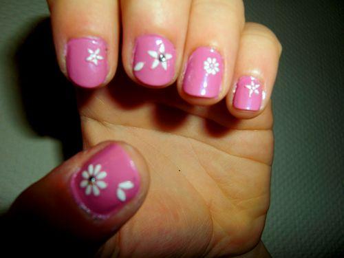 Nails2 001